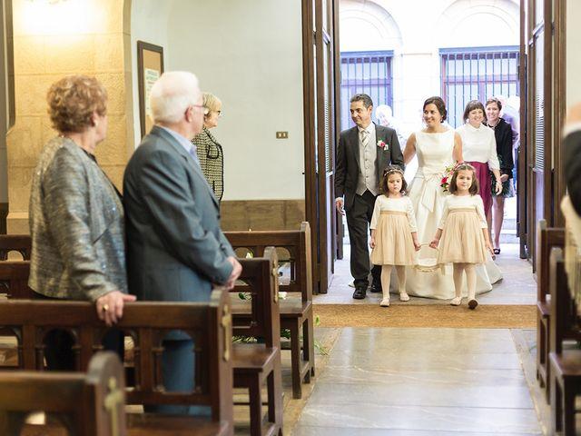 La boda de Julián y Lidia en Santa Ana De Abuli, Asturias 12