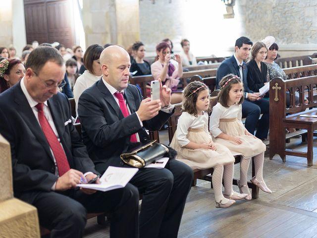La boda de Julián y Lidia en Santa Ana De Abuli, Asturias 16