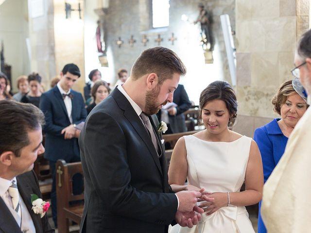 La boda de Julián y Lidia en Santa Ana De Abuli, Asturias 17