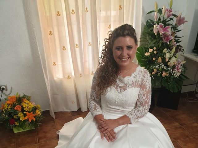 La boda de David y Ainoa en Burjassot, Valencia 1