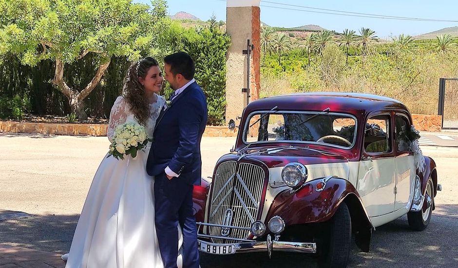 La boda de David y Ainoa en Burjassot, Valencia