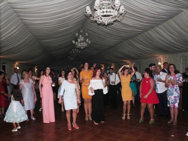 La boda de Ismael y Rocio en Dos Hermanas, Sevilla 4