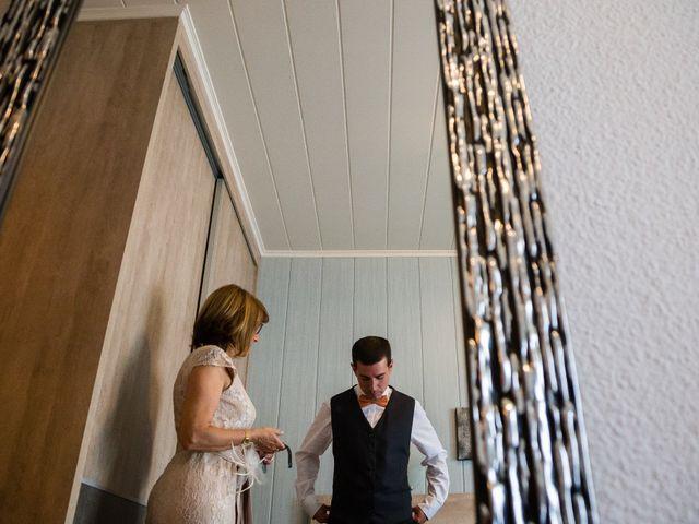 La boda de Albert y Laura en Sant Andreu De La Vola, Barcelona 6