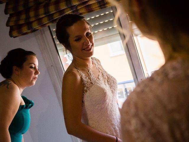 La boda de Albert y Laura en Sant Andreu De La Vola, Barcelona 15