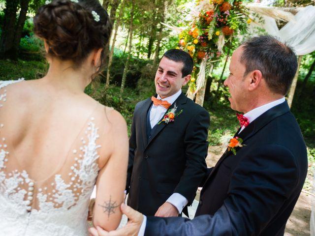 La boda de Albert y Laura en Sant Andreu De La Vola, Barcelona 31