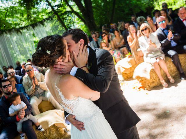 La boda de Albert y Laura en Sant Andreu De La Vola, Barcelona 44