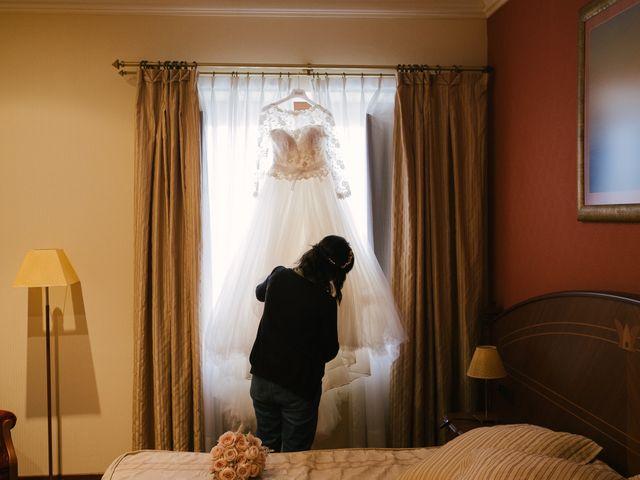 La boda de Víctor y María en Piedras Blancas, Asturias 3