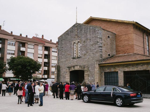 La boda de Víctor y María en Piedras Blancas, Asturias 31