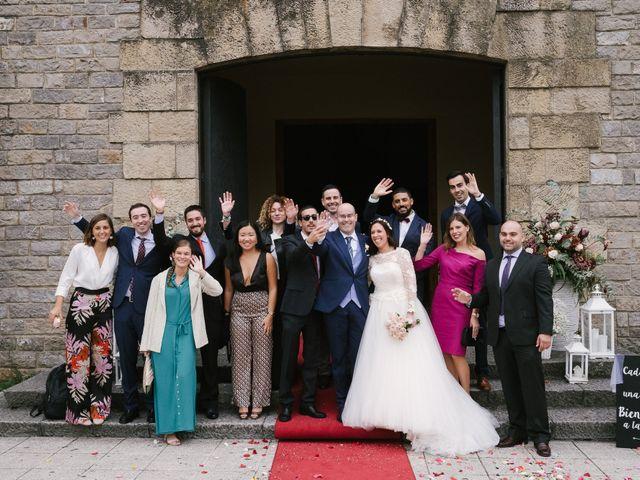 La boda de Víctor y María en Soto Del Barco, Asturias 32