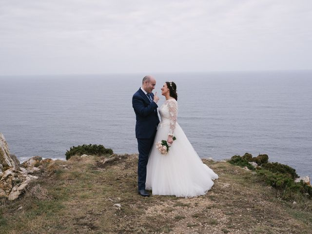 La boda de Víctor y María en Piedras Blancas, Asturias 34