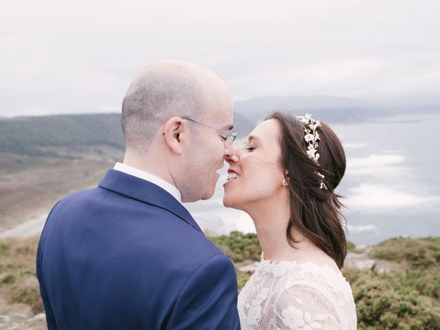 La boda de Víctor y María en Piedras Blancas, Asturias 45