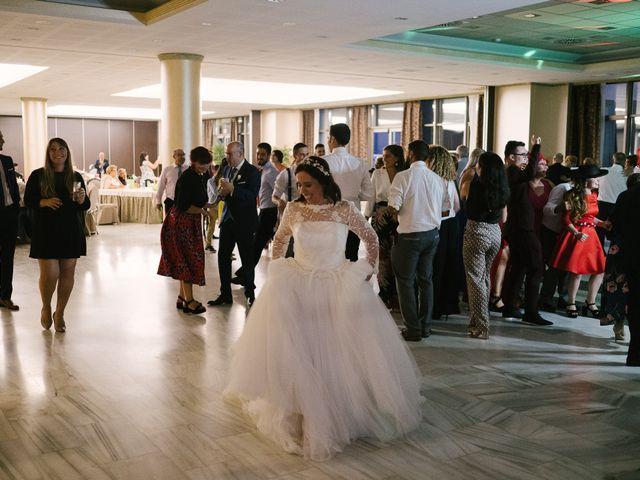 La boda de Víctor y María en Piedras Blancas, Asturias 82