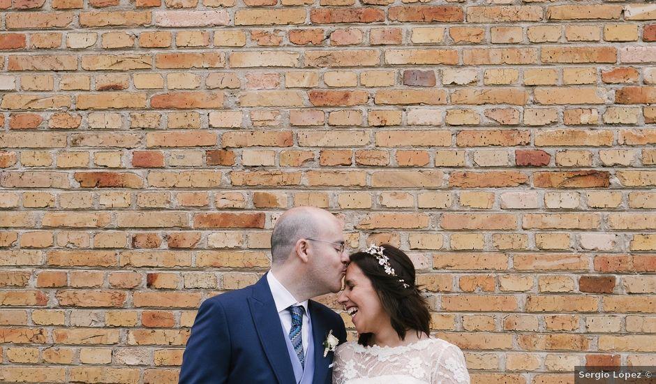 La boda de Víctor y María en Soto Del Barco, Asturias