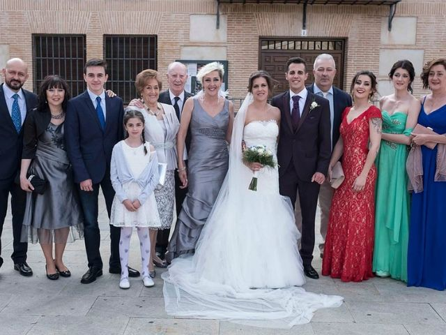 La boda de Joshua y Alexandra en El Casar, Guadalajara 23