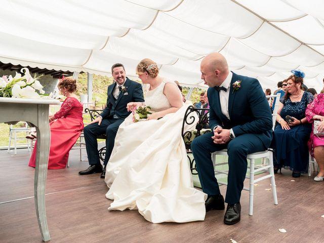 La boda de Omar y Cristina en San Cucao, Asturias 2