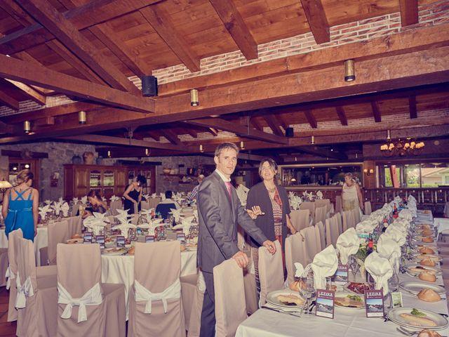 La boda de Aritz y Hiart en Kortezubi, Vizcaya 27