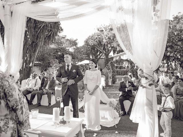 La boda de Juan Luis y Lidia en La Linea De La Concepcion, Cádiz 4