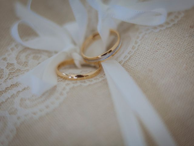 La boda de Toño y Andrea en Oviedo, Asturias 7