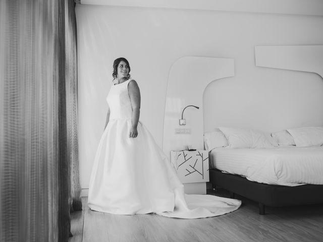La boda de Toño y Andrea en Oviedo, Asturias 10