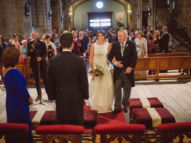 La boda de Toño y Andrea en Oviedo, Asturias 21