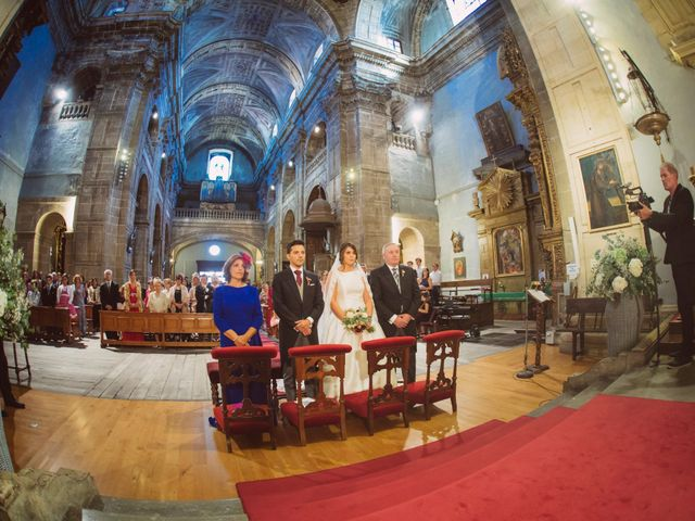 La boda de Toño y Andrea en Oviedo, Asturias 22