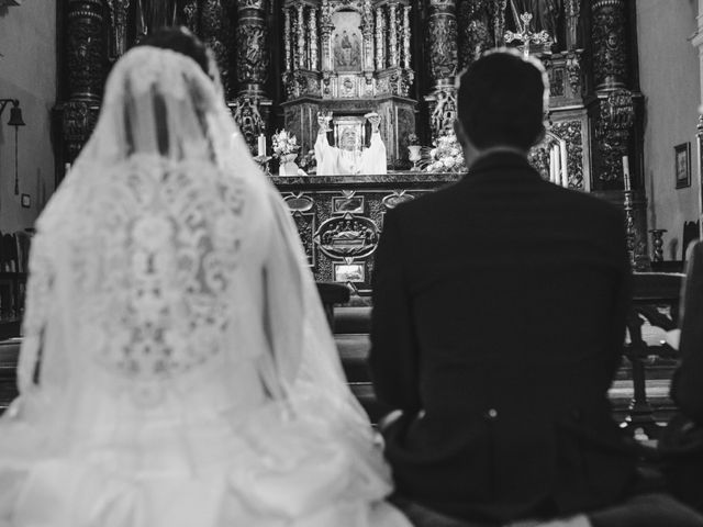La boda de Toño y Andrea en Oviedo, Asturias 23