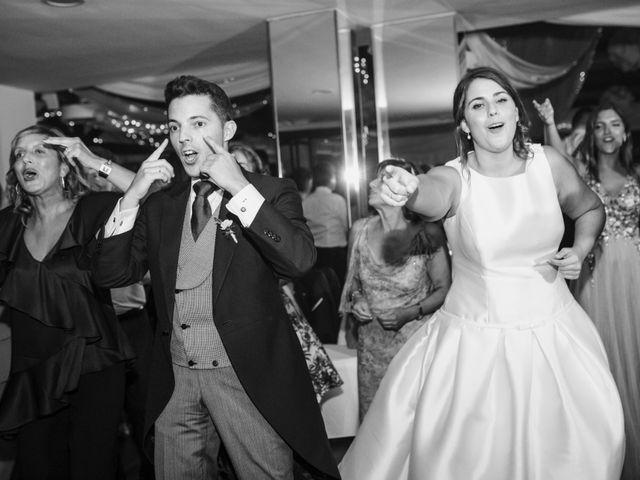 La boda de Toño y Andrea en Oviedo, Asturias 49