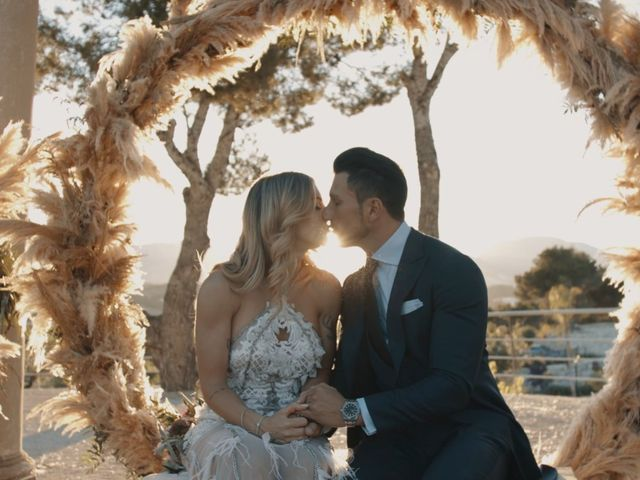 La boda de Javier y Vikika en Altea, Alicante 1