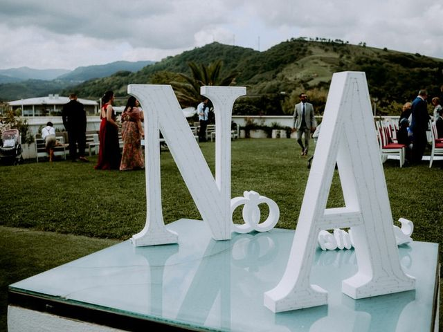 La boda de Astrid y Nelson en Orio, Guipúzcoa 32