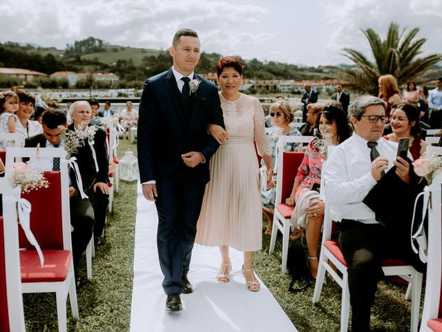 La boda de Astrid y Nelson en Orio, Guipúzcoa 38