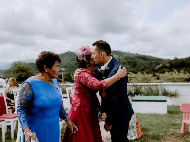La boda de Astrid y Nelson en Orio, Guipúzcoa 39