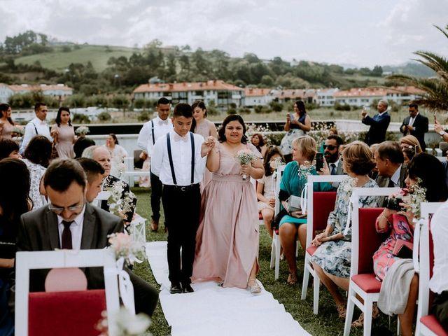 La boda de Astrid y Nelson en Orio, Guipúzcoa 40