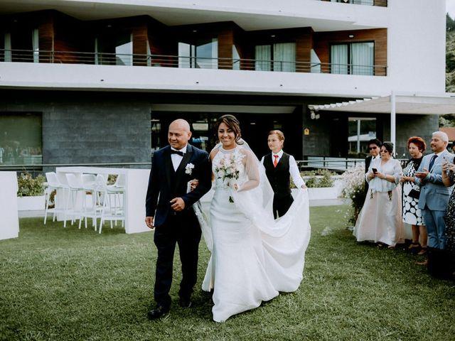La boda de Astrid y Nelson en Orio, Guipúzcoa 45