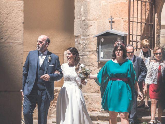 La boda de Nerea y Javier en Villamayor De Monjardin, Navarra 1