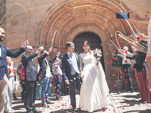 La boda de Nerea y Javier en Villamayor De Monjardin, Navarra 6