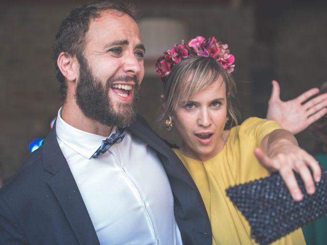La boda de Nerea y Javier en Villamayor De Monjardin, Navarra 13