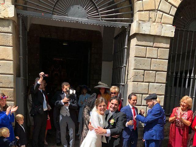 La boda de Miguel Ángel  y Ana en Pamplona, Navarra 6