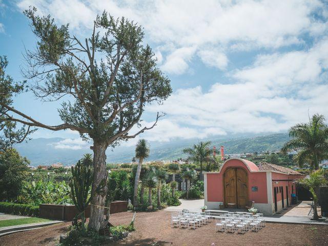 La boda de Christian y Paula en Santa Cruz De Tenerife, Santa Cruz de Tenerife 7