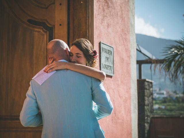La boda de Christian y Paula en Santa Cruz De Tenerife, Santa Cruz de Tenerife 26
