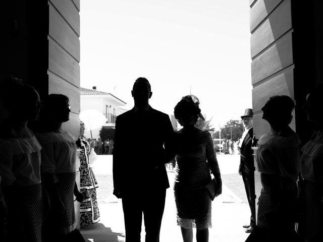 La boda de Manuel y Raquel en Huescar, Granada 25