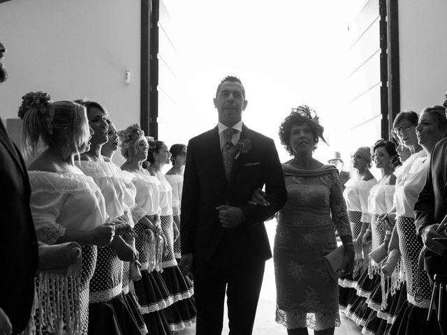 La boda de Manuel y Raquel en Huescar, Granada 26
