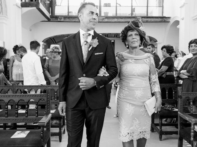 La boda de Manuel y Raquel en Huescar, Granada 28