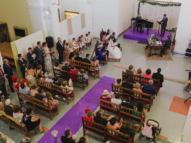 La boda de Manuel y Raquel en Huescar, Granada 33