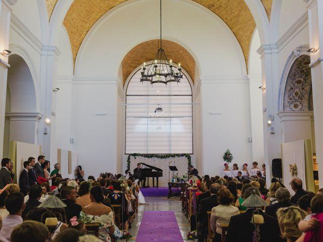 La boda de Manuel y Raquel en Huescar, Granada 35