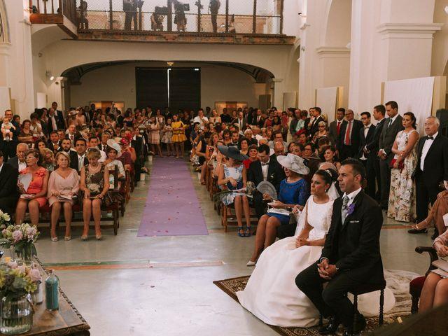 La boda de Manuel y Raquel en Huescar, Granada 40