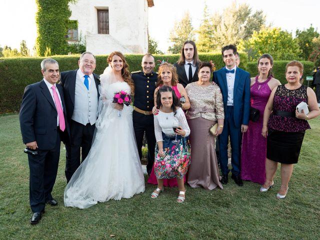 La boda de Saúl y Beatriz  en Fuentidueña, Segovia 74