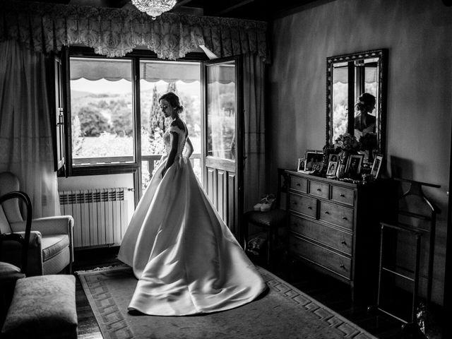 La boda de Nacho y Silvia en Villaverde De Pontones, Cantabria 14