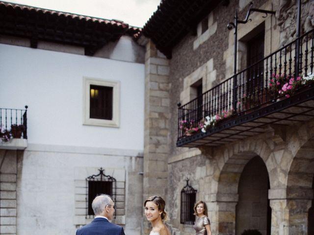 La boda de Nacho y Silvia en Villaverde De Pontones, Cantabria 21