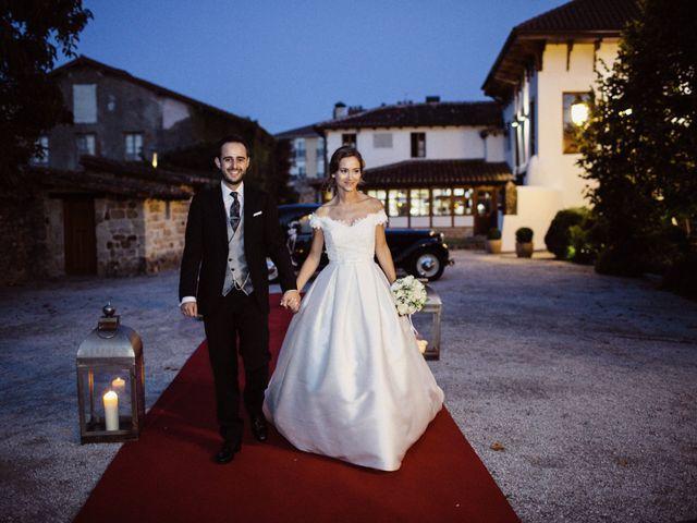 La boda de Nacho y Silvia en Villaverde De Pontones, Cantabria 35