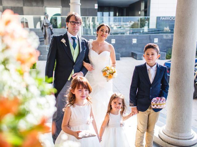 La boda de Javi y Angela  en Alcobendas, Madrid 1